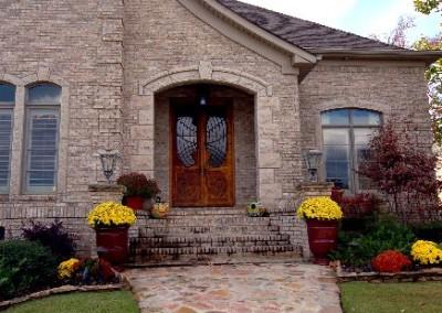 DSC_4379 front walkway-door