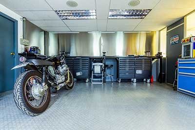 Don't Forget About the Garage When Customizing Your Home !