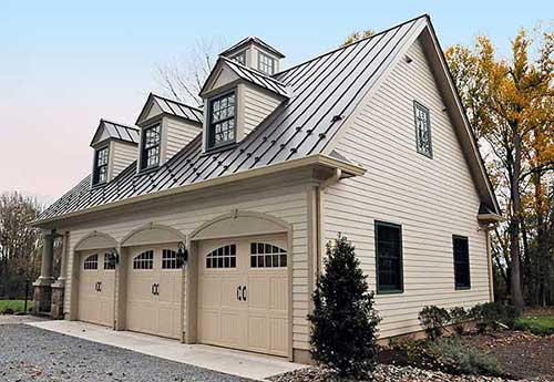 Getting a Custom Garage Could Complete Your Dream Home